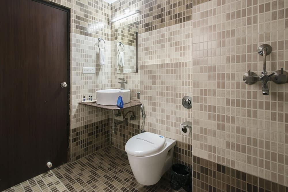 Standaard kamer, 1 twee- of 2 eenpersoonsbedden, privébadkamer - Badkamer