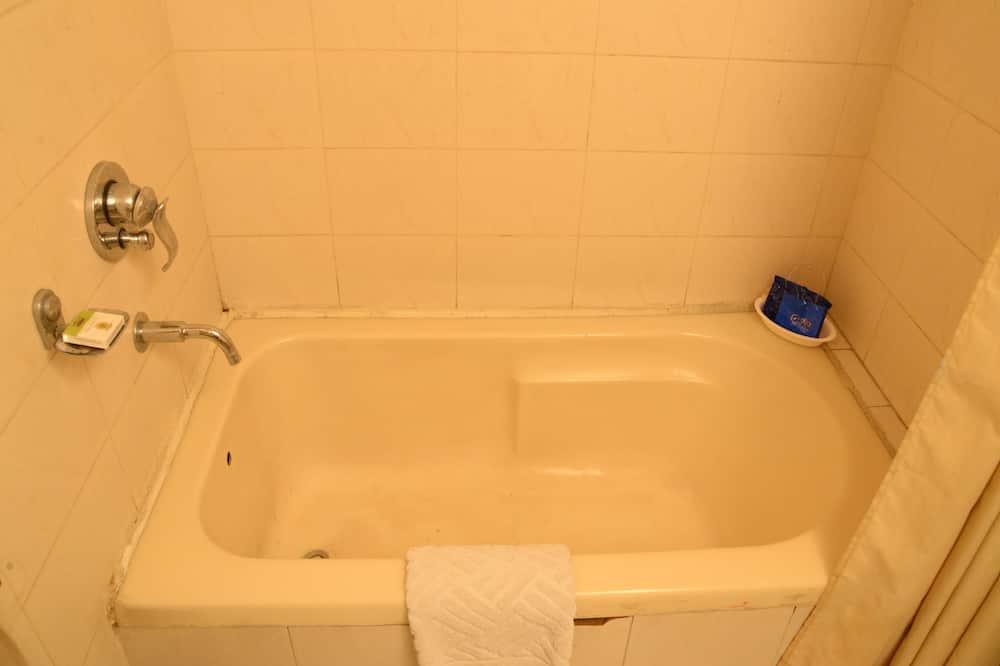 Standard Tek Büyük veya İki Ayrı Yataklı Oda, 1 Yatak Odası, Özel Banyo - Banyo