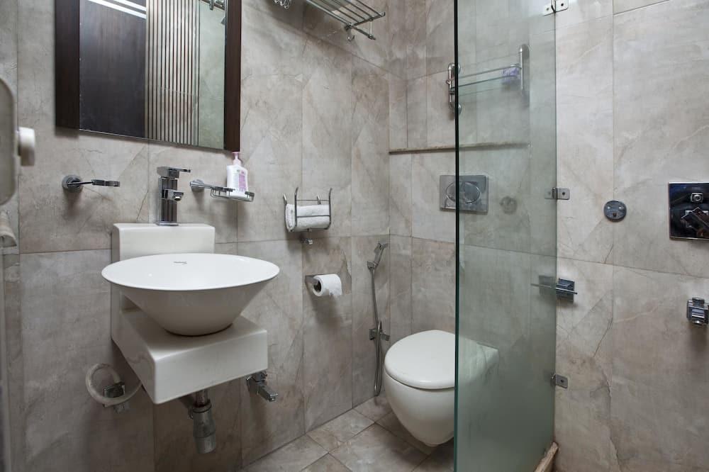 Standard Double or Twin Room, 1 Bedroom, Private Bathroom - Bathroom