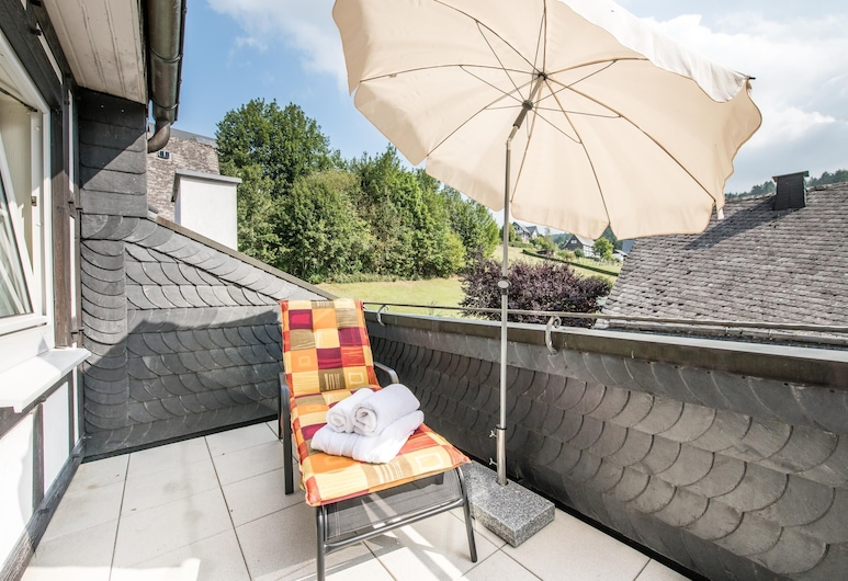 Landgasthof Hotel Hanses-Bräutigam, Schmallenberg, Chambre Double Supérieure, 1 lit double, non-fumeurs, Terrasse/Patio