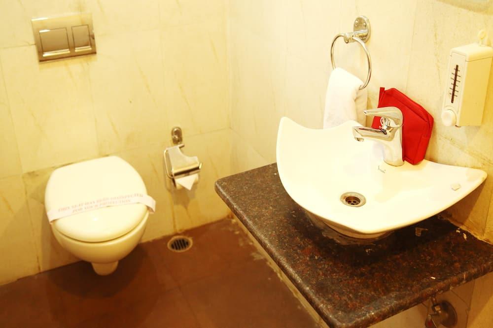 Kamar Double atau Twin Standar, 1 kamar tidur, kamar mandi pribadi - Kamar mandi