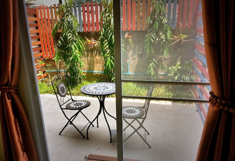 Le Luxe Residence, Udon Thani, Standard Double Room, Terrace/Patio
