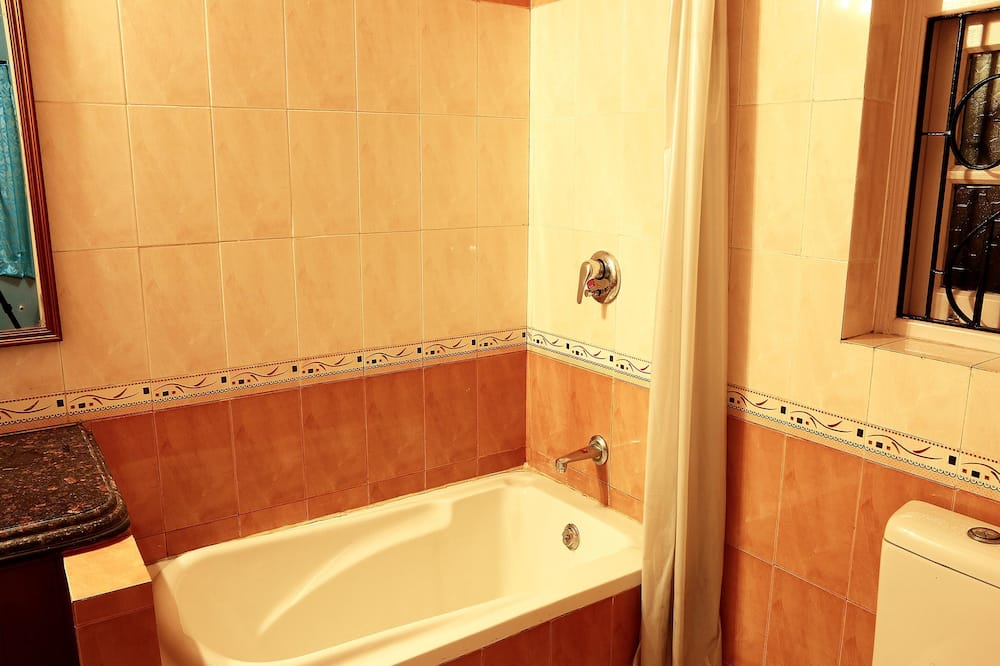 Standard Δίκλινο Δωμάτιο (Double ή Twin), 1 Υπνοδωμάτιο, Ιδιωτικό Μπάνιο - Μπάνιο