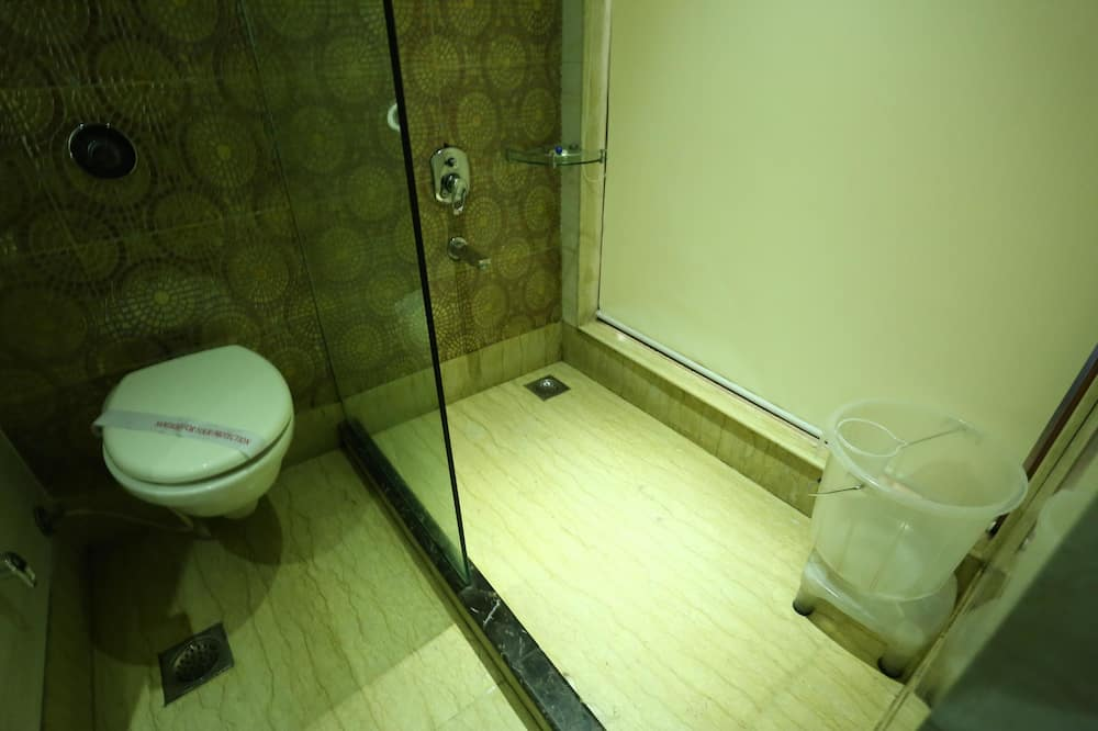 Habitación estándar con 1 cama doble o 2 individuales, 1 habitación, baño privado - Baño