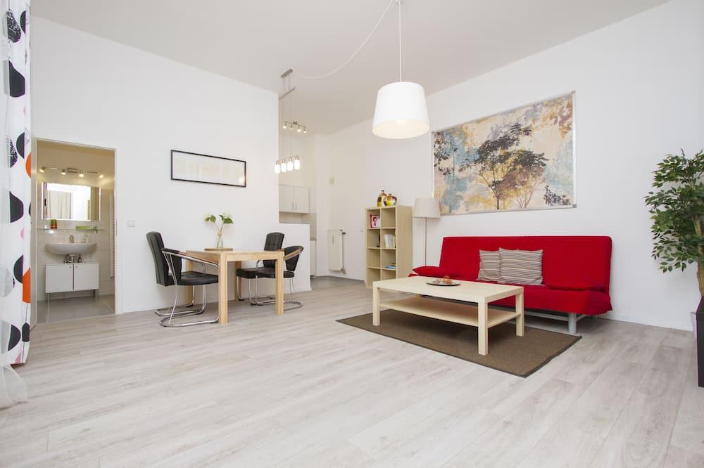 Apartament typu City, Łóżko queen i sofa - Salon