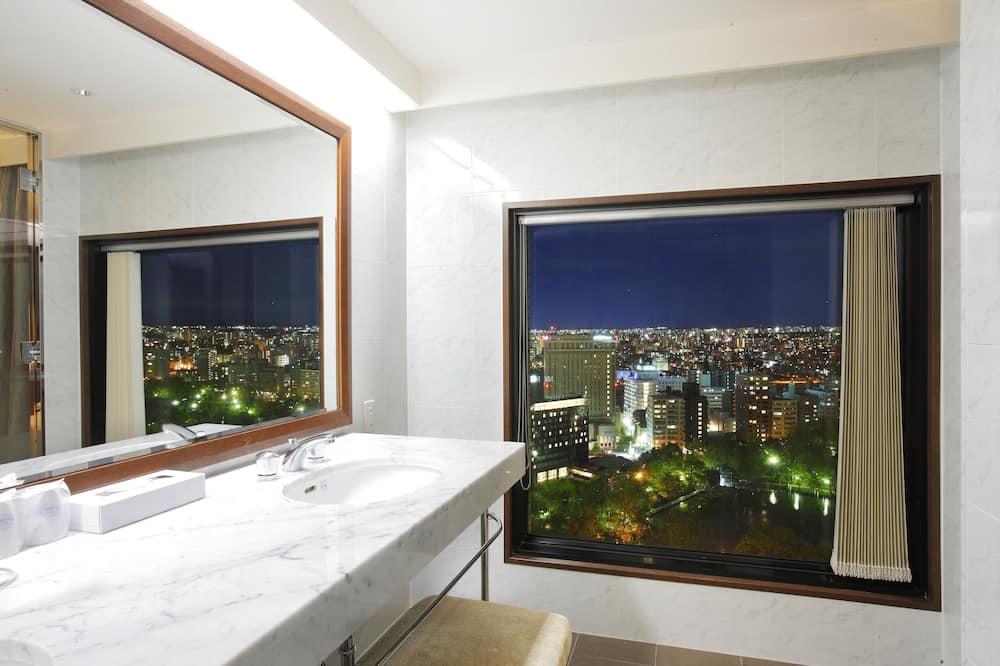 Premier-Zweibettzimmer, Nichtraucher - Badezimmer