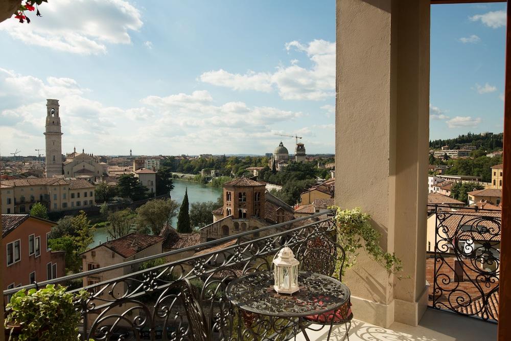 ALTANA DI VERONA Relais di Charme (Verona, Italy), Verona hotel ...