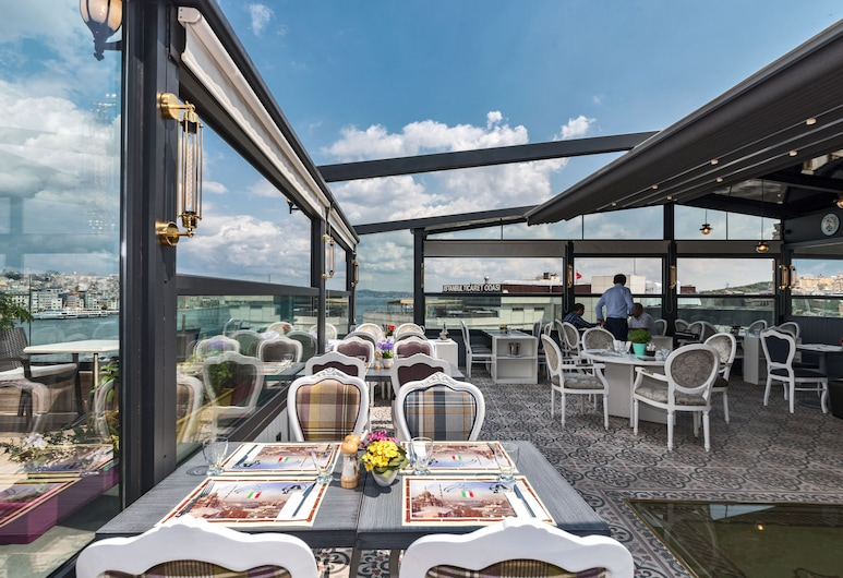 Alpek Hotel, Istanbul, Terrasse/veranda