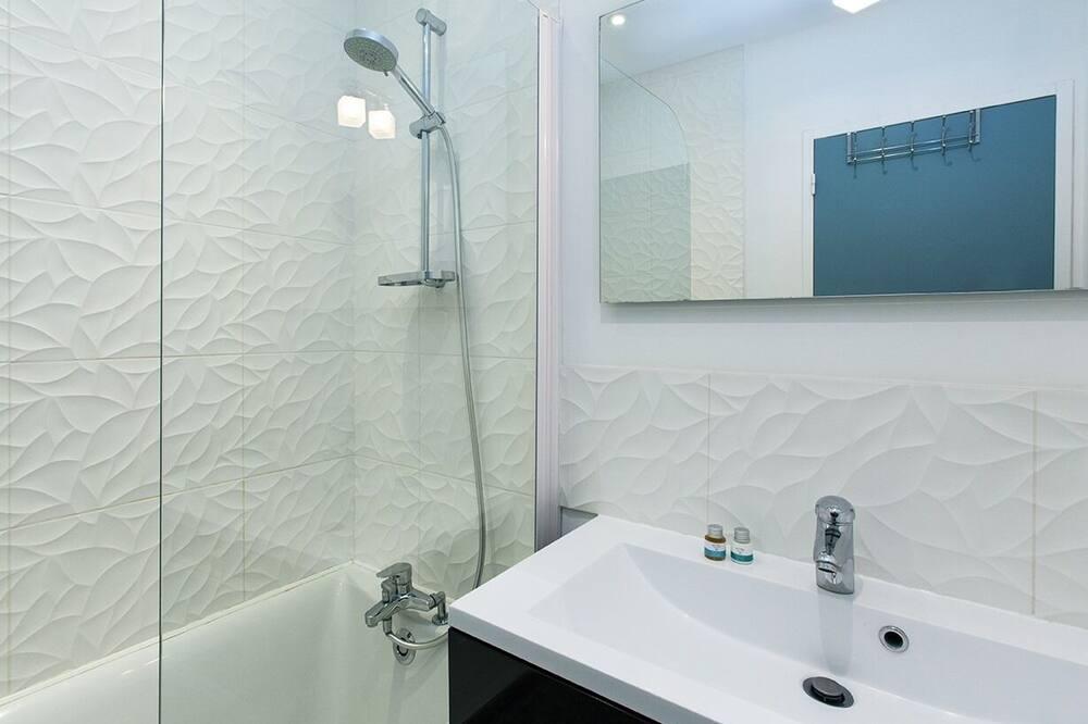 Apartment, Ensuite (Orchidée) - Bathroom
