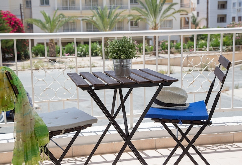 Paphos Love Nest Apartment, Paphos, Apartment, 1 Bedroom, Balcony, Pool View (Shared pool), Balcony