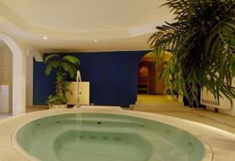 Hotel Jäger von Fall, Lenggries, Beltéri jacuzzi
