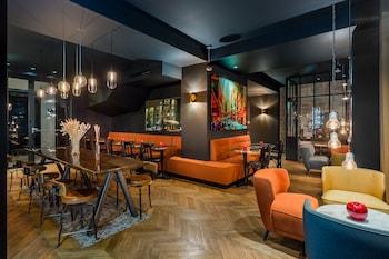 Picture of Hôtel Scarlett in Paris