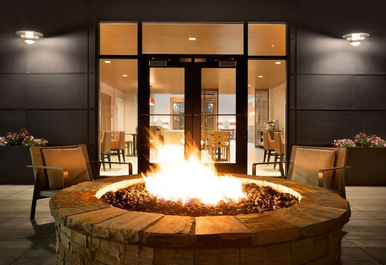 Country Inn & Suites by Radisson, Asheville Westgate, NC, Asheville, Terrasse/Patio