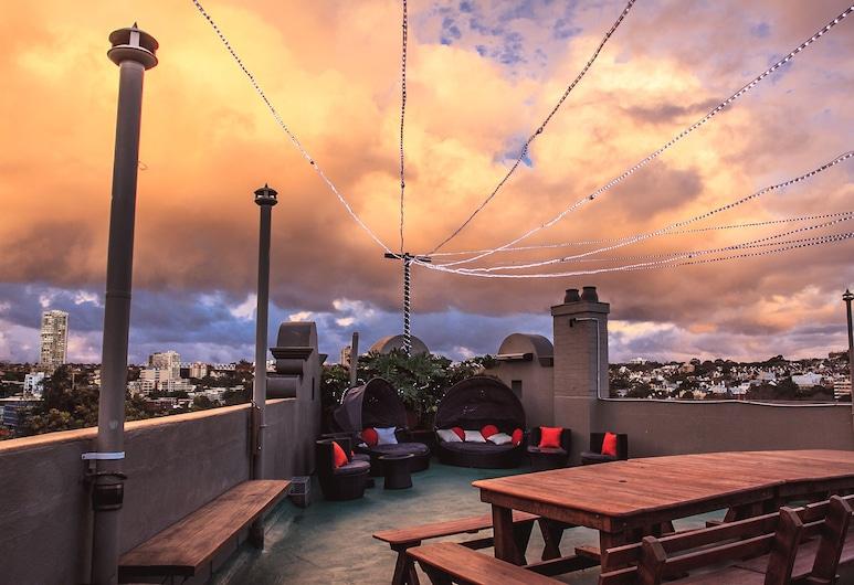 瘋狂猴子背包客灣水旅館, 瑞熙卡爾特灣, 陽台