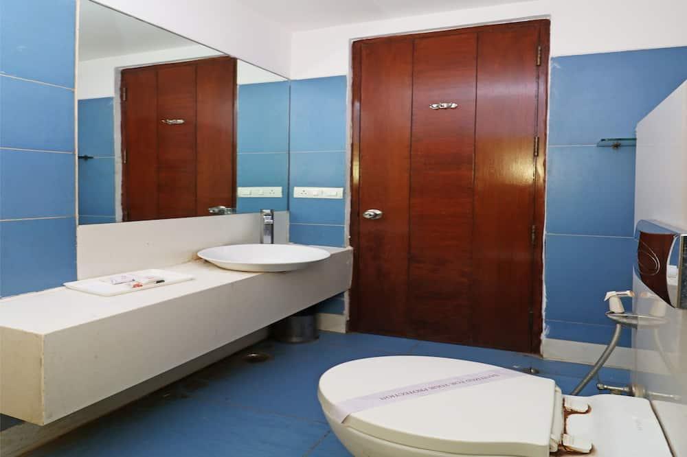 Standardværelse med dobbeltseng eller 2 enkeltsenge - privat badeværelse - Badeværelse