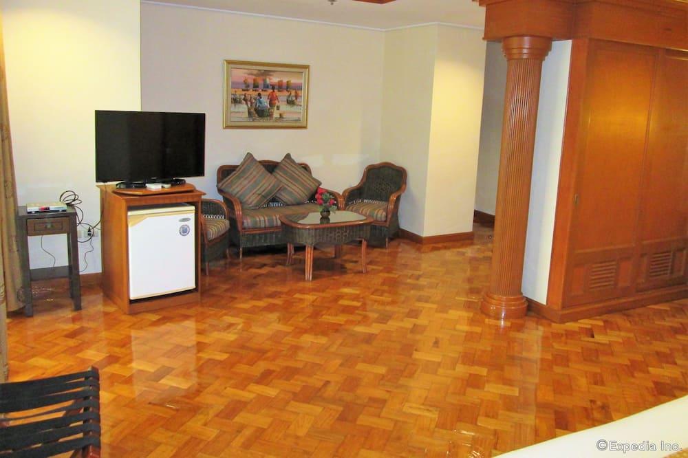 Supreme Suite - Living Area