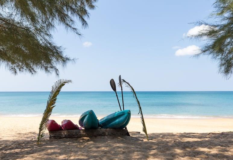 Coriacea Boutique Resort, Mai Khao, Beach
