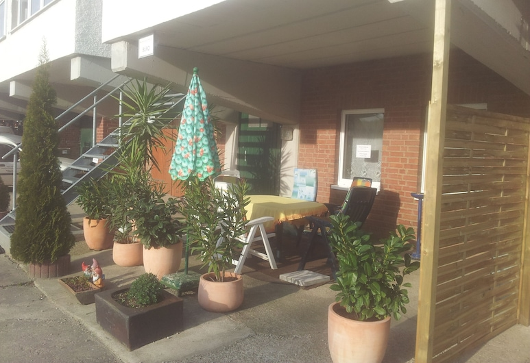 Zimmervermietung Fuchs-Kupke, Grossschirma, Taras/patio
