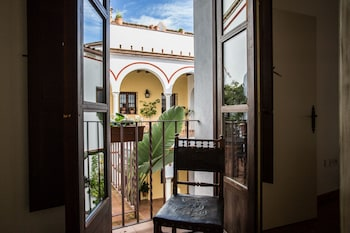 Enter your dates for our Cordoba last minute prices