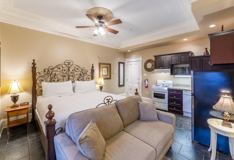Chipman Hill Suites - Pratt House, Saint John, Executive Studio, 1 King Bed, Room
