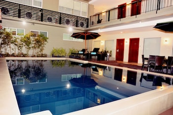 Picture of 88 Courtyard Hotel in Pasay