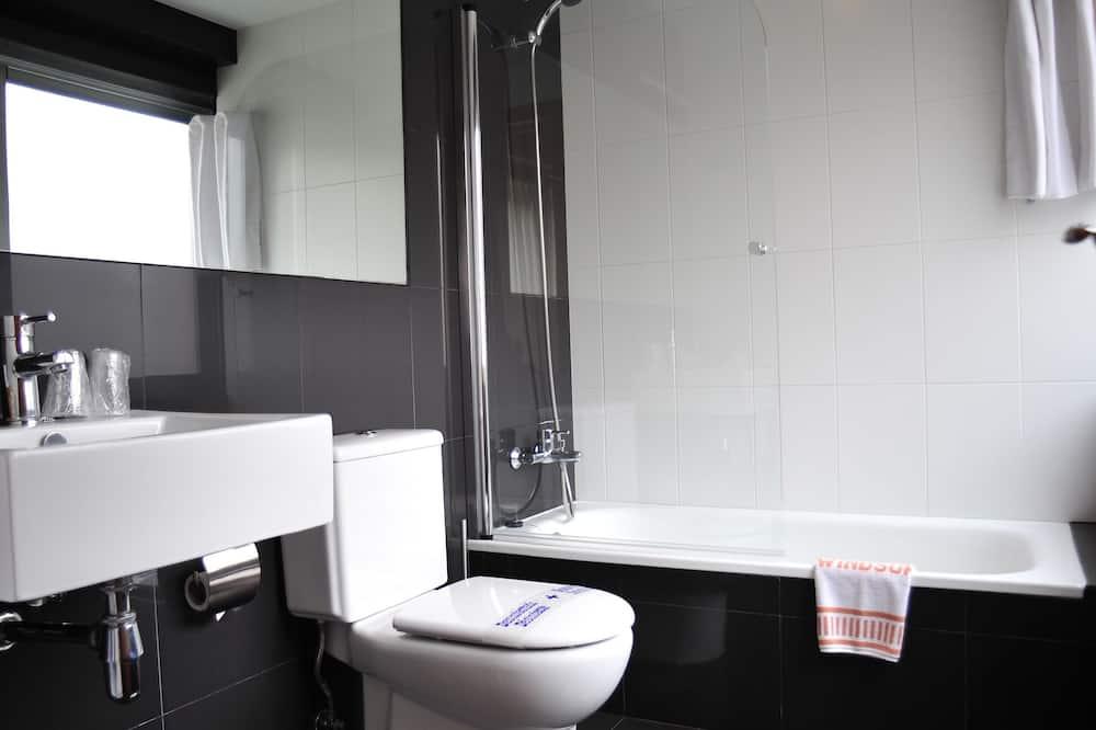 Dvokrevetna soba za jednu osobu - Kupaonica