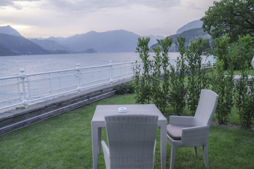 Deluxe room, lake view, private garden. Separate building (in Darsena) - Lake View