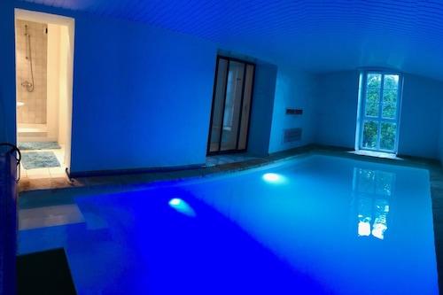 韋澤爾河藍磨坊酒店/