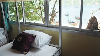 Picture of Chaokoh Dorm Room in Ko Phi Phi
