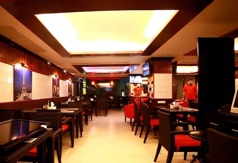라얀 오리엔탈 게스트하우스 & 레스토랑, 파통, 레스토랑