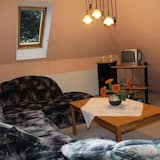 Standard Apartment, 2 Bedrooms, Non Smoking, Kitchenette - Living Area