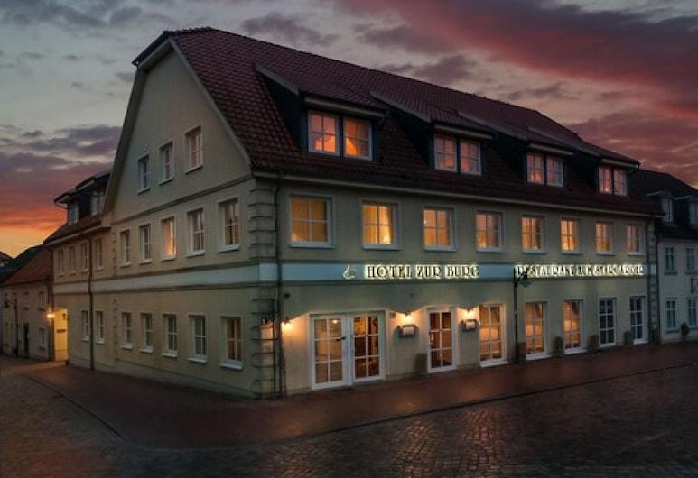 Hotel zur Burg, בורג שטארגארד, חזית המלון - ערב/לילה