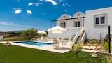Choose This Luxury Hotel in Rhodes