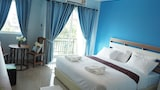Choose This 2 Star Hotel In San Sai
