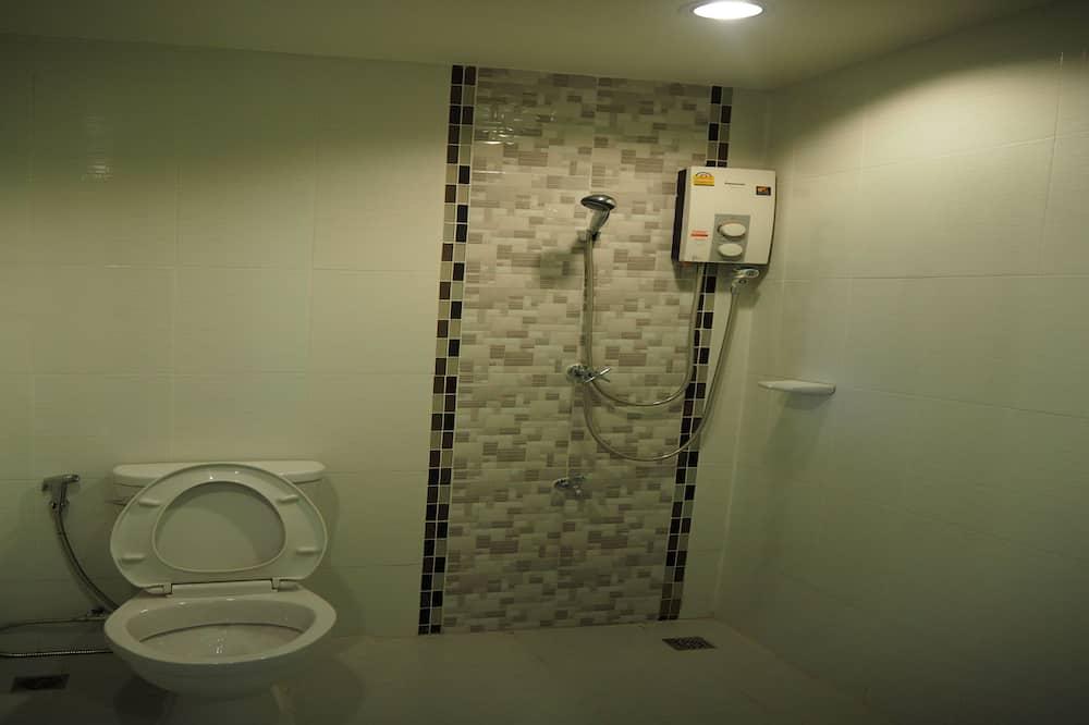 Economy-huone, 1 suuri parisänky, Terassi, Kaupunkinäköala - Kylpyhuone