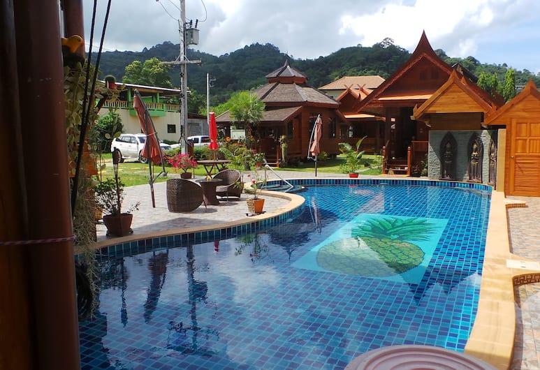 Golden Teak Resort - Baan Sapparot, Kamala