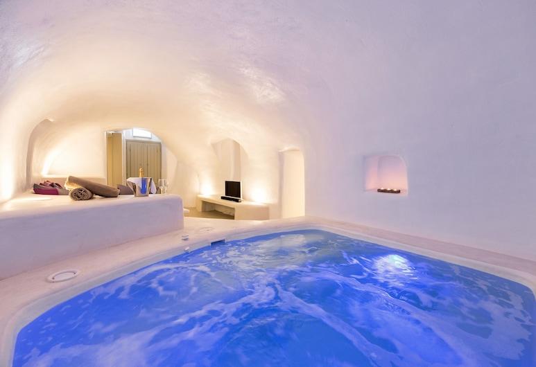Kampanario Luxury Villa, Santorini, Indoor Spa Tub