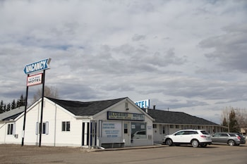 Picture of Bluebird Motel in Innisfail