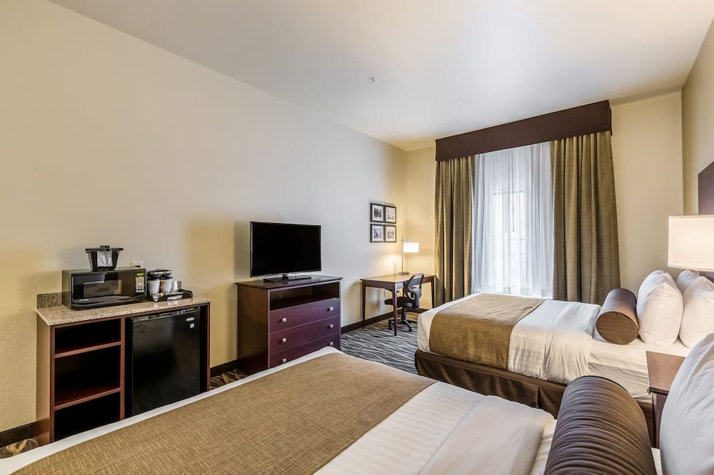 Room, 2 Queen Beds, Accessible Benched Tub, Non Smoking - Guest Room