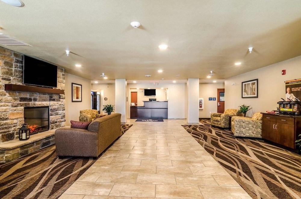 Cobblestone Inn Suites Ord Lobby