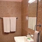 Deluxe-Doppelzimmer, 1King-Bett, Bergblick, Bergseite - Badezimmer
