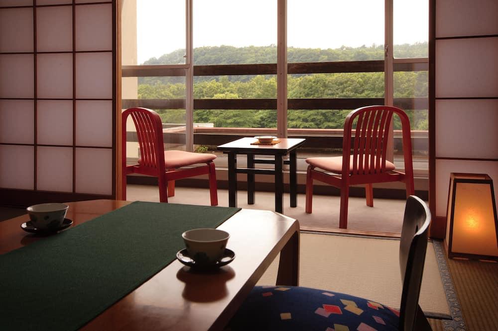 ห้องอีโคโนมี (Japanese style) - บริการอาหารในห้องพัก