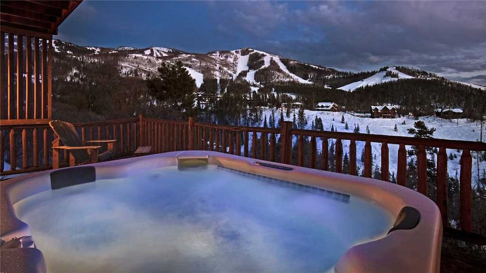 Mountain High Chalet Steamboat Springs Outdoor Spa Tub