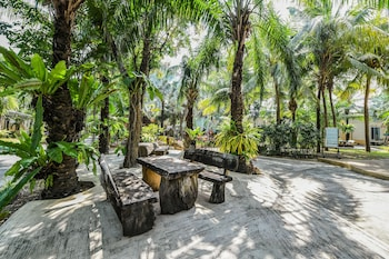 Picture of OYO 442 Suan Palm Garden View in Rayong