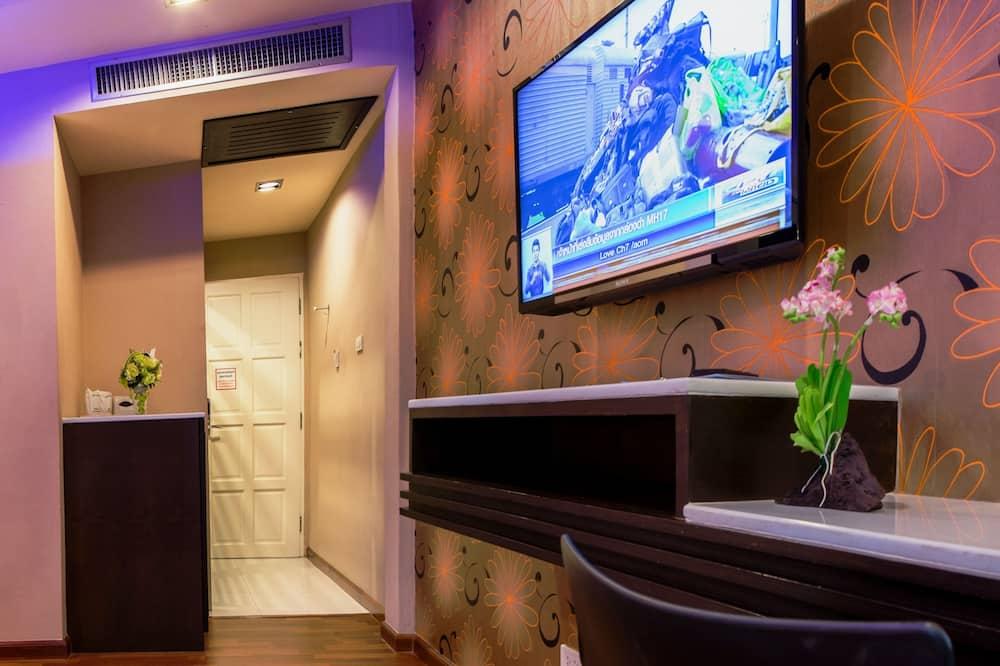 Deluxe Room with Spa Bath - Ruang Tamu