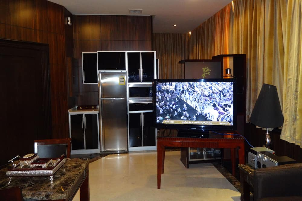 Royal Suite, 1 Bedroom - Living Area