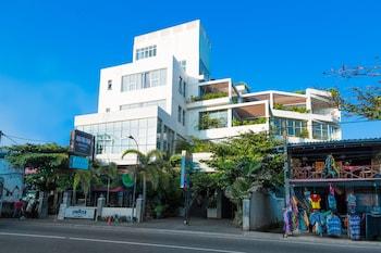 Picture of Refresh Hotel in Hikkaduwa