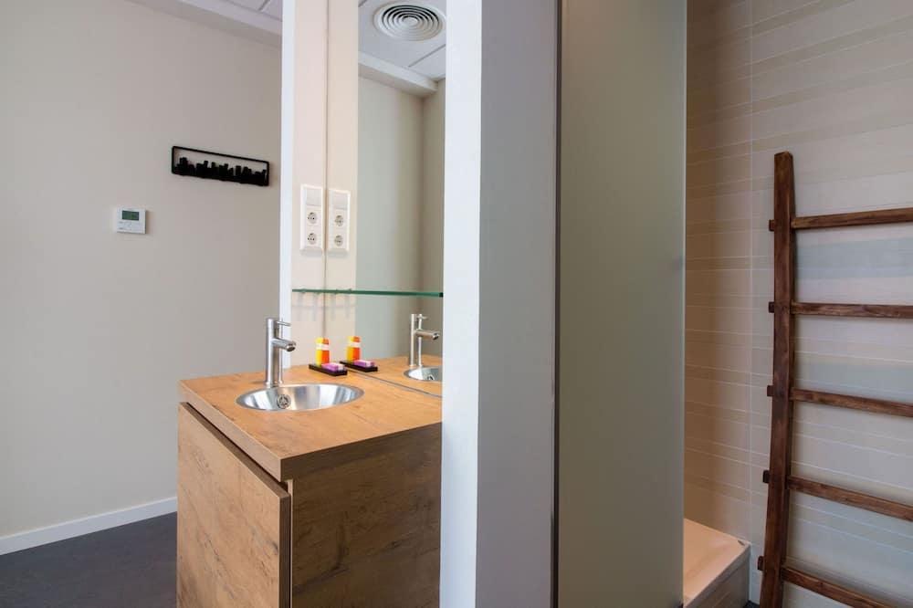Comfort Twin Room (Including free parking) - Bathroom