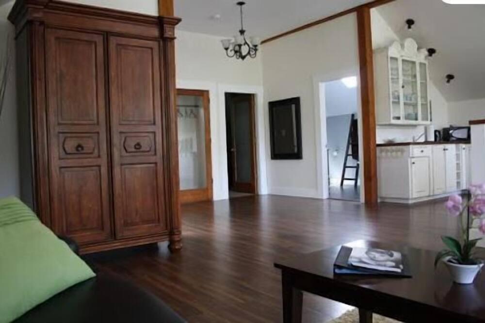 Maja, 2 magamistoaga, köögiga - Elutuba