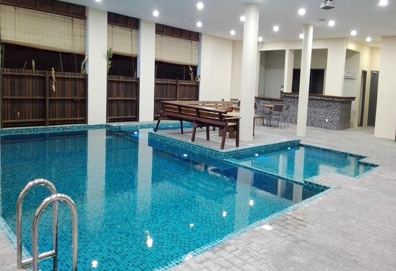 Nadias Hotel Cenang Langkawi, Langkawi, Innendørsbasseng